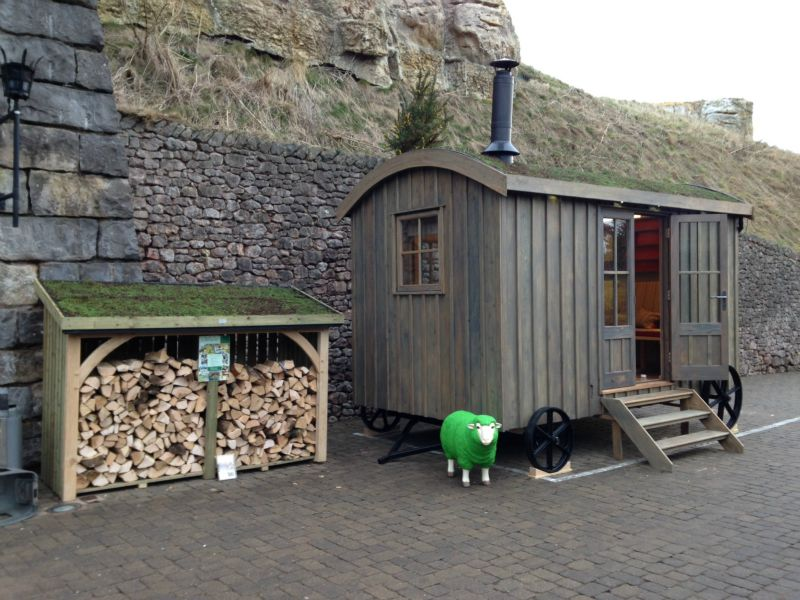 Shepherd's Hut Guest suite